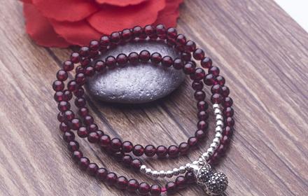 葫芦款石榴石银珠子手链