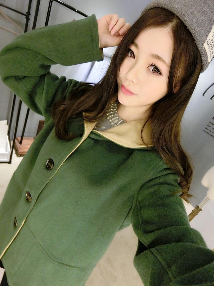穿绿色衣服的女生头像