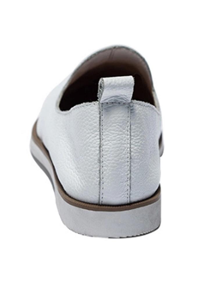 英伦风小白鞋女真皮厚牌子品质好 新款好用