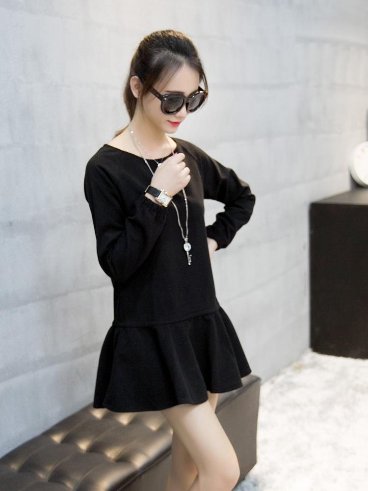 黑色袖口松紧荷叶边连衣裙