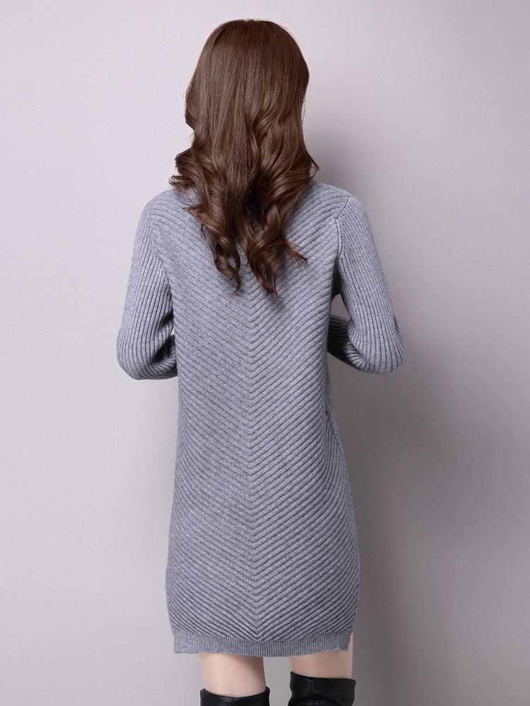 毛衣花边领口针织连衣裙