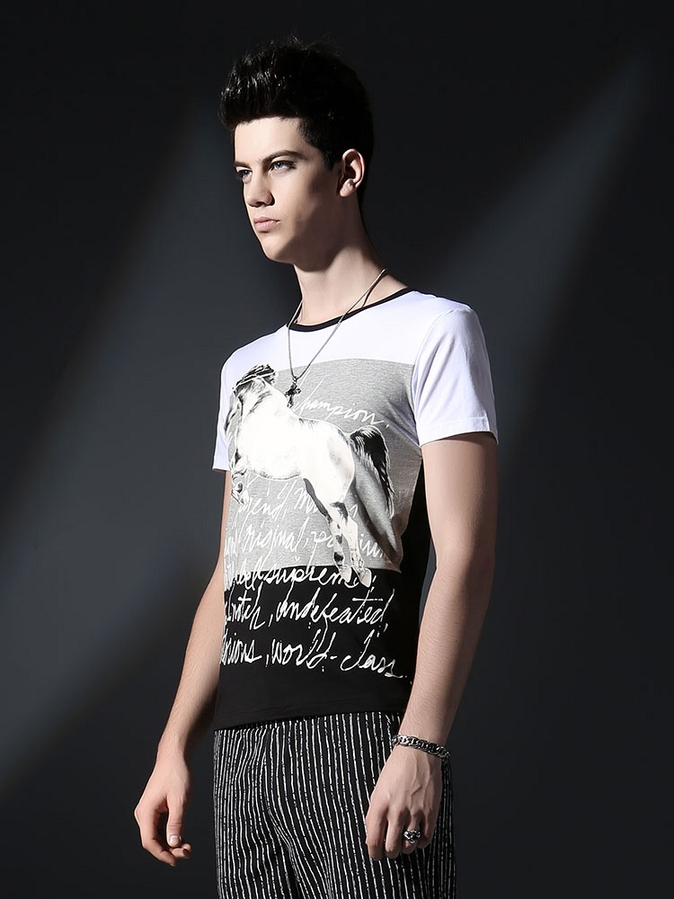 黑白衣服印花图案