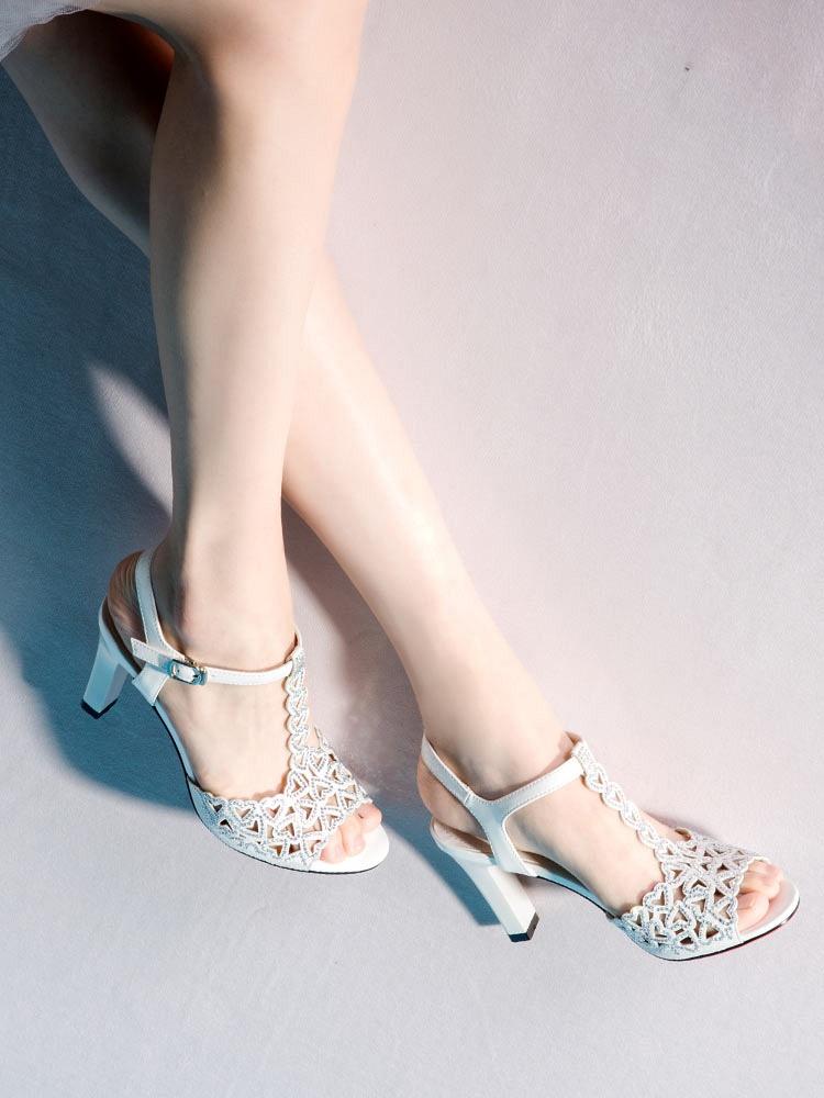 中国 高跟凉鞋/美丽佳人夏季新款心形镂空细跟高跟凉鞋水钻装饰韩版圆头女鞋