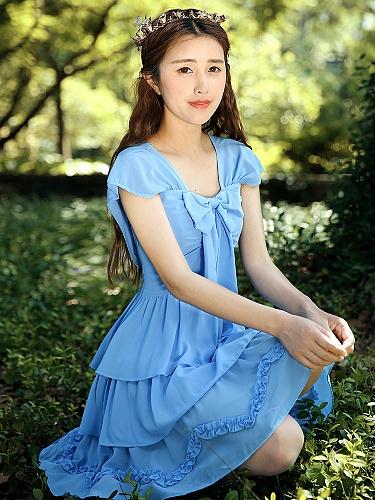 尤麦原创欧式复古女装新款蝴蝶结蛋糕裙连衣裙