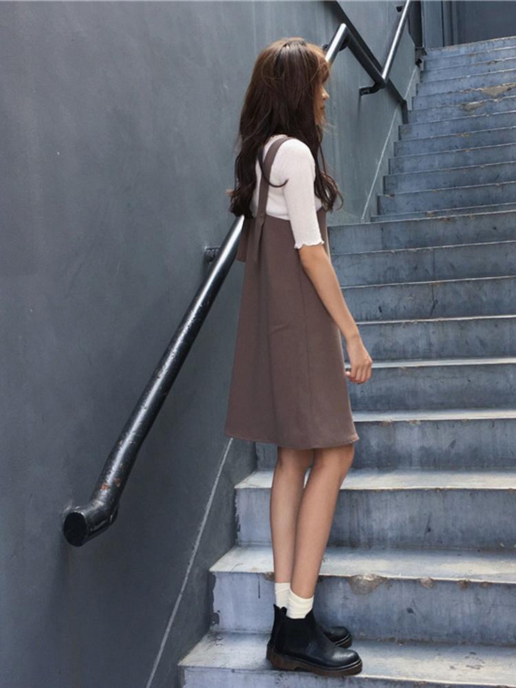 咖啡色直筒可调节纯色背带裙