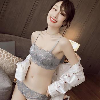 维妮芳 静花水月抹胸式文胸套装