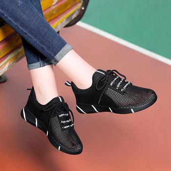 秋季新款方头?#25351;?#26102;尚百搭单鞋