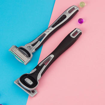 KAI贝印 男士手动剃须刀2支装5层刀头全身水洗剃刀