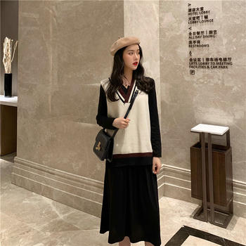 网红气?#25910;?#32455;马甲+黑色连衣裙