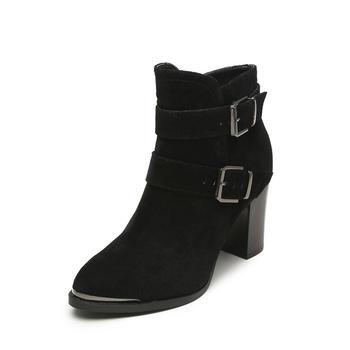 鞋柜简?#21363;指?#30382;带扣女靴1115505243