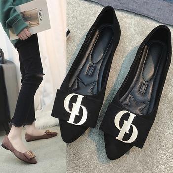 艾微妮金属装饰尖头平底单鞋女鞋