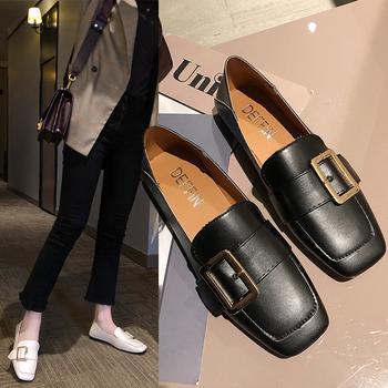 蝶恋霏新款方形金属装饰平底单鞋
