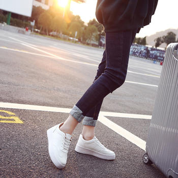 奥古女鞋韩版圆头运动鞋百搭小白鞋学生跑步板鞋