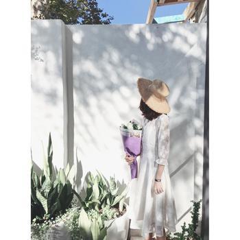 金蘑菇菇 复古刺绣轻婚纱旅拍连衣裙