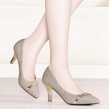 时尚春季新款韩版尖头浅口高跟鞋