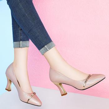 新款浅口百搭细跟粗跟尖头高跟鞋