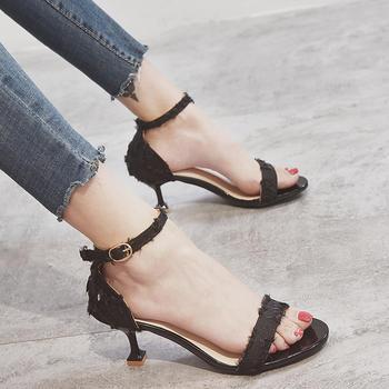 佑黛女鞋夏季新款凉鞋中空细跟一字扣带露趾罗马女鞋