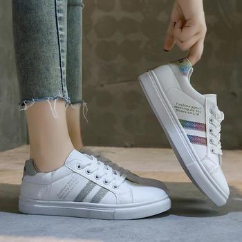 蝶恋霏秋季新品百搭经典细带休闲平底小白鞋